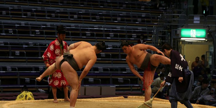 Shinto origins of sumo sumo